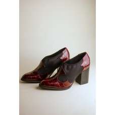 """""""INTENTIONALLY __________."""" AUNTIE shoes - Wine F9Q2AHTW"""